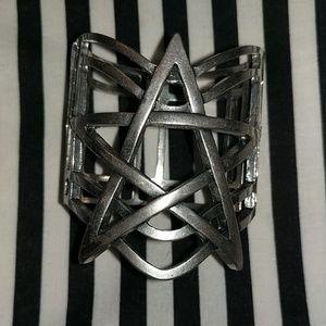 Pentagram clasp bracelet